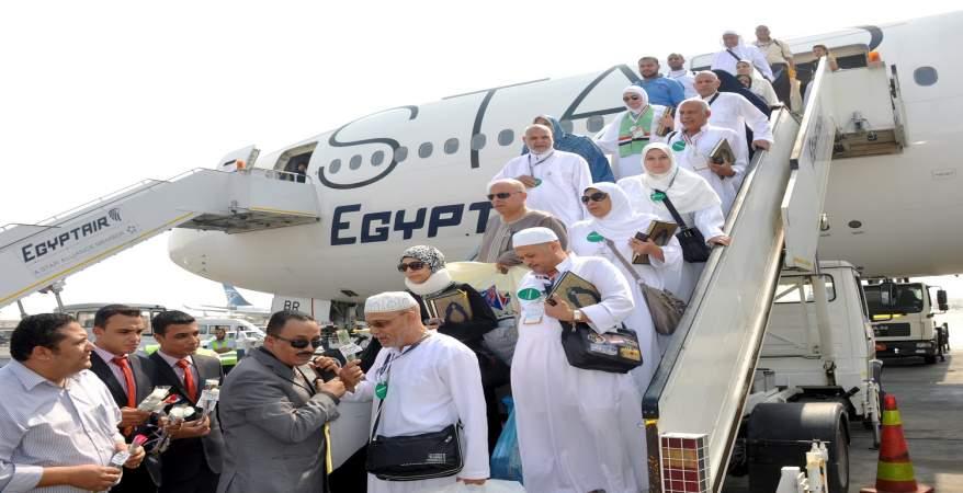 استعدادات مكثفة بشركات السياحة بعد الإعلان عن بدء موسم العمرة