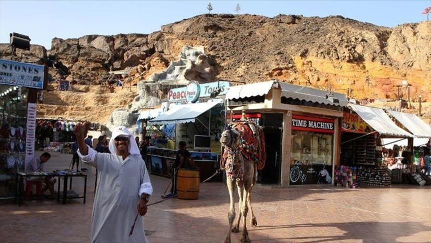 شركة سياحية روسية تعلن عودة الرحلات إلى المنتجعات المصرية