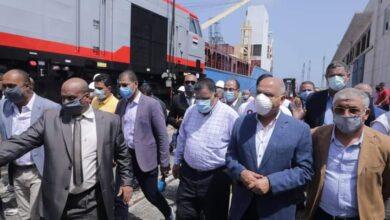 Photo of وزير النقل يستقبل الدفعة الخامسة من جرارات السكة الحديدة الجديدة باجمالي 30 جرار