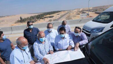Photo of وزير النقل يستطلع مسار القطار الكهربائي السريع (السخنة/ العلمين) تمهيدا لبدء تنفيذ الأعمال