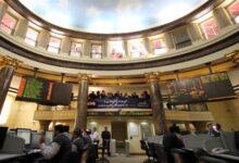 """Photo of """"كونسوقرة للتوكيلات"""" تبيع 500 ألف سهم في القاهرة للزيوت"""