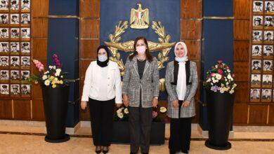 Photo of وزيرة التخطيط والتنمية الاقتصادية تزور معرض (صنع في مصر)