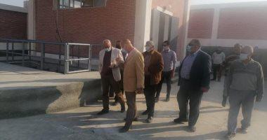 """Photo of مساعد نائب رئيس""""هيئة المجتمعات العمرانية"""" يتفقد مشروعات مدينة العبور"""