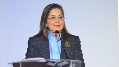 Photo of وزيرة التخطيط والتنمية الاقتصادية: المؤسسات الدولية تتوقع أن يستمر معدل النمو في مصر إيجابيًا رغم أزمة فيروس كورونا على خلاف كثير من الأسواق الناشئة
