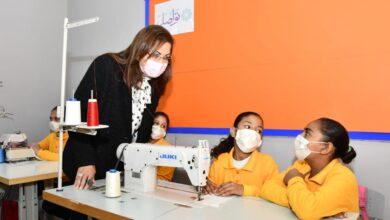 Photo of وزيرة التخطيط والتنمية الاقتصادية تفتتح مدرسة جمعية تواصل بعزبة خير الله