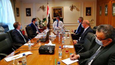 Photo of وزير قطاع الأعمال العام يبحث مع تحالف إيطالي التعاون في صناعة أتوبيسات تعمل بالغاز الطبيعي