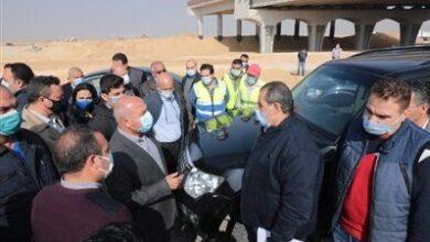 Photo of وزير النقل يكشف تفاصيل تطوير طريق الصعيد الصحراوي الغربي