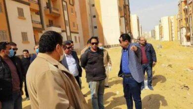 Photo of مسئولو جهاز حدائق أكتوبر يتفقدون المشروعات المختلفة بالمدينة لمتابعة سير العمل