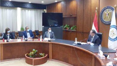 Photo of وزير البترول يستقبل وفد لجنة التعدين بغرفة التجارة الأمريكية