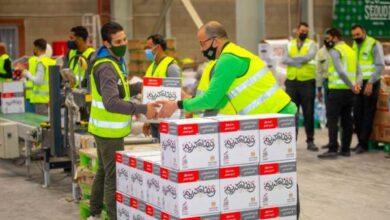 Photo of قوافل حملة أبواب الخير تواصل توزيع المواد الغذائية على الأسر الأولى بالرعاية