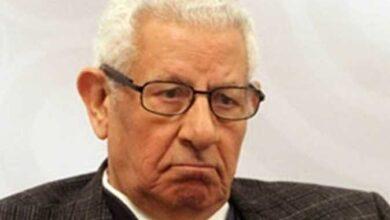 Photo of رئيس مجلس النواب يعزى نقيب الصحفيين فى وفاة الكاتب الكبير مكرم محمد أحمد