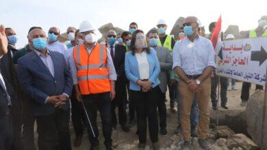 Photo of وزير النقل يتابع معدلات تنفيذ عدد من المشروعات الجاري تنفيذها و البرنامج الزمنى للمشروعات المستقبلية بميناء دمياط