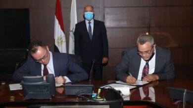 Photo of وزير النقل يشهد توقيع مذكرة تفاهم بين جهاز تنظيم النقل البري الداخلي والدولي وتحالف ( BRT RR)