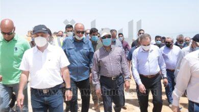 Photo of وزير النقل يتفقد أعمال تطوير ميناء السخنة