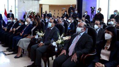 """Photo of رئيس الوزراء المصري يفتتح جلسة تداول البورصة ويدشن مؤشر """"تميز"""""""