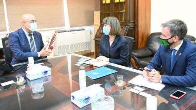 Photo of وزير الإسكان يلتقى المنسقة المقيمة للأمم المتحدة بمصر لعرض التجربة العمرانية المصرية