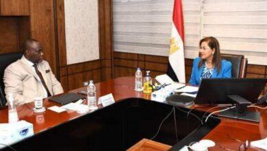 Photo of وزيرة التخطيط تلتقي رئيس مؤسسة التمويل الأفريقية